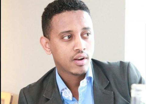 Henok Abebe - Yamelalesegnal (Ethiopian Music)