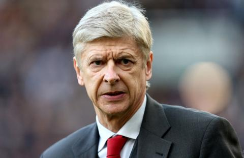 Arsene Wenger rejects £30million a year