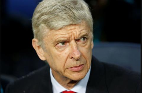 Arsene Wenger signs new two-year contract