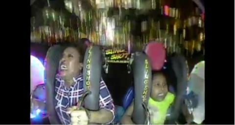 Ethiopian Mom and daughter freak out during Orlando Slingshot ride