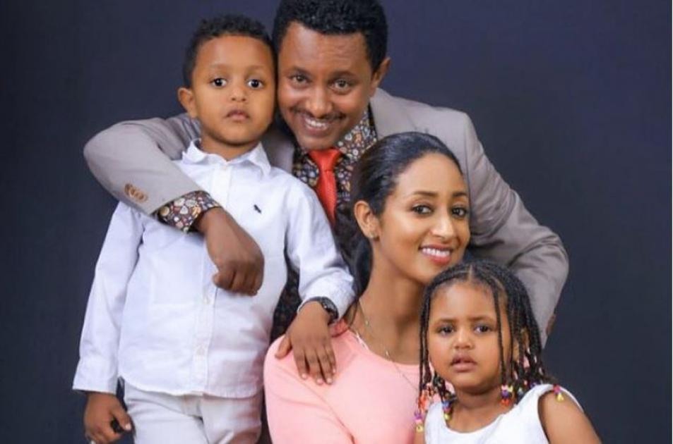 Teddy Afro and Amleset Muchie's Hot Photo Collections