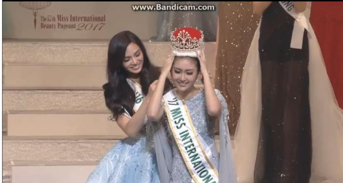 Miss Indonesia won Miss International 2017 - Crowning Moment