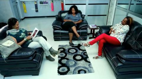 Weird friendship scene - Zemen drama